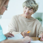 5 Signs of Alzheimer's Disease Families Should Look Out For