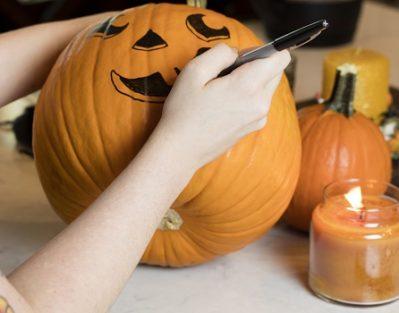 Halloween Activities for Elderly People with Dementia in Victoria, BC